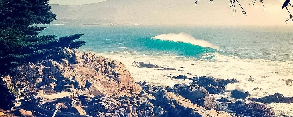"Esperando ""la ola perfecta"""